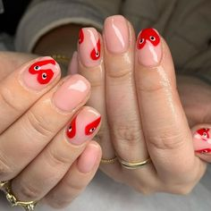San Valentin Nails 2021 #nails #sanvalentin #love #manicura #manicure #hearts #art #amor Manicure Y Pedicure, Gel Nails, Pedicures, Cute Acrylic Nails, Short Nails, Nail Inspo, Nail Artist, Nails Inspiration, Nail Art Designs