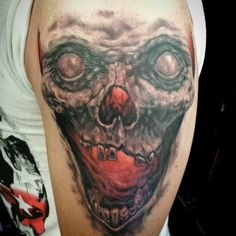 Skull tattoo @mase_holylighttattoo
