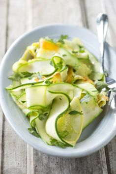 Paula+Deen+Carrot,+Zucchini,+Squash+Ribbons, Replace the butter with Olive Oil for Paleo Healthy Vegetable Recipes, Raw Food Recipes, Healthy Cooking, Salad Recipes, Vegetarian Recipes, Cooking Recipes, Healthy Eating, Healthy Treats, Spiralizer Recipes