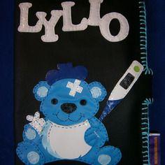 Original protege carnet de sante bebe ou enfant !! little blue bear !! en simili cuir et cotton noir. belicious-delicious creation