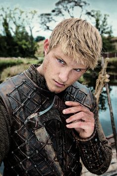 Bjorne on Vikings-that boy is doing the right thing!