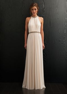 omfg. this dress is so gorgeous! LOVVVVE that high neck and the back. perfectionnn.