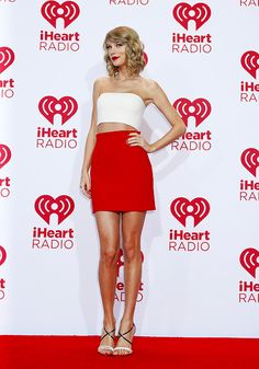 Beautiful Taylor Swift, Taylor Swift Hot, Live Taylor, Taylor Swift Style, Ethel Kennedy, Taylor Swift Pictures, Get Dressed, Celebrity Style, Strapless Dress