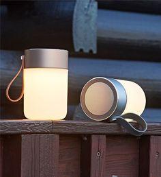 Sound Jar is de perfecte draadloze muziek speler, verbindt gemakkelijk met bluetooth, geeft een sfeervol licht en het is mogelijk om je telefoon eraan op te laden!