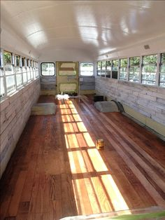 30 amazing ultimate school bus conversions www. Source by vanchitecture School Bus Tiny House, School Bus House, School School, Bus Remodel, Converted School Bus, Rv Bus, Bus Motorhome, Bus Interior, Bus Living