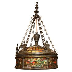 Fine Quality Tiffany Style Bronze and Stained Glass Chandelier