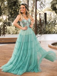 Costa, Ideias Fashion, Women's Clothing, Girl Outfits, Clothes For Women, Formal Dresses, American, Simple, Green Party Dress