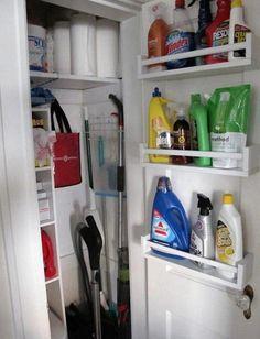 Elle s'est procuré des étagères à épices de chez Ikea! Mais pas juste pour sa cuisine!