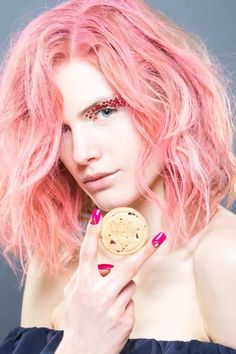 Beauty Looks Inspired By Your Favorite Girl Scout Cookies