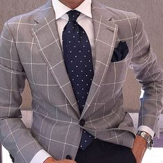 Excellent grey windowpane blazer brings something fresh, yet still classy, along with perfectly matched Navy Tie and Pocket Square. Der Gentleman, Gentleman Style, Suit Up, Suit And Tie, Sharp Dressed Man, Well Dressed Men, Mens Fashion Suits, Mens Suits, Men's Fashion