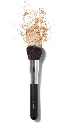 CHANEL PINCEAU POUDRE Powder Brush DetailsPerfectly adapts to the shape of the face for flawless powder application and blending.Designer About CHANEL: Designer, visionary, and artist Gabrielle 'Co Nars Cosmetics, Cosmetics & Perfume, Beauty Bar, Beauty Make Up, Hair Beauty, Makeup Brushes, Eye Makeup, Hair Makeup, Chanel Brushes