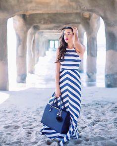 Elizabeth Keene -  - Stripes By The Ocean