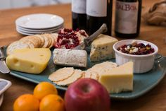 Balboa Wine and Cheese pairing Photo: Steve Lenz #appetizer #party #food #snack #gourmet #wine #wallawalla