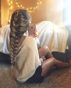 Easy, fast, impossibly chic: French braid hairstyles are summer perfection. Here… Easy, fast, impossibly chic: French braid hairstyles are summer perfection. Here are 20 styles sure to inspire you to hair greatness. French Braid Hairstyles, Box Braids Hairstyles, Pretty Hairstyles, Prom Hairstyles, School Hairstyles, Princess Hairstyles, Hairstyle Short, Elegant Hairstyles, Natural Hairstyles