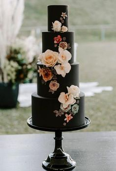 Black Wedding Cake l Wedding Cake l Modern Wedding Cake l Unusual Wedding Cake l Floral Wedding Cake Black Wedding Cakes, Floral Wedding Cakes, Wedding Cake Rustic, Amazing Wedding Cakes, Elegant Wedding Cakes, Wedding Cake Designs, Wedding Cake Toppers, Unique Weddings, Cake Wedding