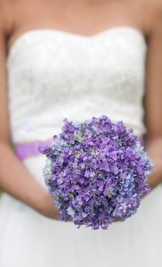 Lilacs and hydrangeas bouquet | Not a fan of the blue, but still really pretty...