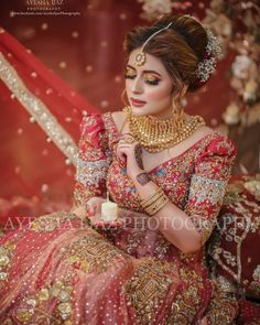 Image may contain: one or more people Pakistani Bridal Hairstyles, Pakistani Bridal Makeup, Pakistani Bridal Dresses, Pakistani Dress Design, Bridal Dress Design, Bridal Blouse Designs, Beautiful Pakistani Dresses, Beautiful Dress Designs, Walima Dress