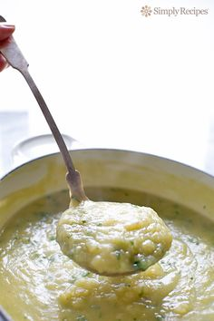 Potato Leek Soup ~ Simple and easy potato leek soup, creamy without the cream! A hearty soup with potatoes and leeks. ~ SimplyRecipes.com