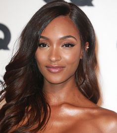Thinking of going brunette? We talked with a celebrity colorist on how to choose the right shade, according to your skin tone.