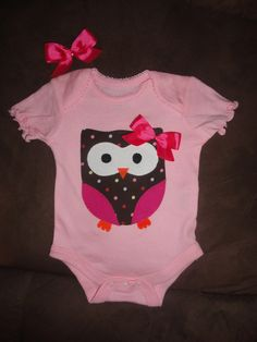 Ollie the Owl onesie & bitty bow by PisForPigTails on Etsy, $16.50