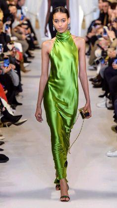 New York Fashion, Runway Fashion, High Fashion, Fashion Show, Fashion Design, Fall Fashion, Trendy Fashion, Fashion Women, Fashion Beauty