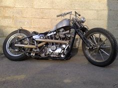Iron head (1957-1985 Sportsters) - called 'Iron Heads' because they were made with cast iron cylinder heads.