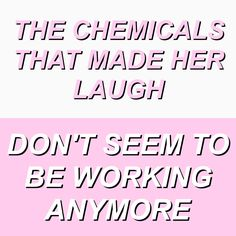 she lays down // the 1975 [credit: @misbeliever]