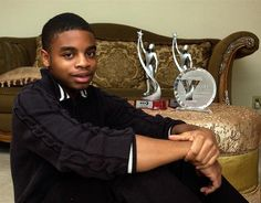 ARTS: STHS Junior Maurice Rippel wins WHYY Youth Media Awards for autobiographical film - http://www.montgomerynews.com/articles/2012/11/07/springfield_sun/news/doc50940f71a2324607341306.txt