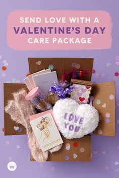 Send a cute Valentine's Day care package that is as beautiful as it is thoughtful with these sweet (and easy!) ideas. Get supplies and inspiration here. Valentines Day Care Package, Be My Valentine, Conversation Hearts Candy, Best Pens, Greeting Cards, Packaging, Christmas Ornaments, Inspired, Holiday Decor