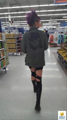 28 Best Funny People Of Walmart Pictures Hilarious Which Are Humor,WTF Check Part 6 people of Walmart Funny and famous or weird Pictures and Happens in your face all time. Funny Walmart People, Funny Walmart Pictures, Funny People, Funny Photos, Funny Black Memes, Funny Kid Memes, Only At Walmart, Inspirational Movies, Kardashian Photos