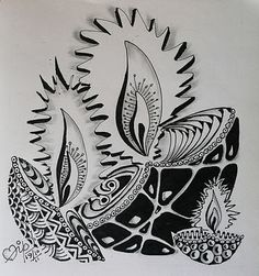 Zentangle Weekly Challenge # 44 : Tangle within a tangle!.....is that a Fractal ?