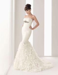 Gorgeous strapless trumpet/mermaid chapel train bridal gowns