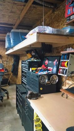 A garage is a natural place to store tools and equipment, but that doesn't mean it's the ideal place to build your next project. Here's how to transform your garage into a safe and productive DIY workspace you can be proud of. Workshop Layout, Workshop Storage, Home Workshop, Garage Workshop, Workshop Ideas, Workshop Organization, Workbench Organization, Small Garage Organization, Diy Garage Storage