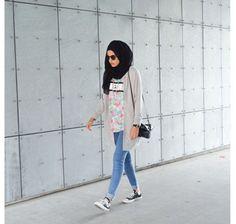 Hijab Style: Gaya Simple untuk Hangout Ala Zizi, Hijabers Asal Denmark