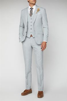 A classic three piece grey wedding suit for men by Scott & Taylor Occasions, with a tailored fit grey suit jacket, waistcoat and trousers for any outfit. Light Grey Suit Men, Suits Direct, Grey Suit Wedding, Mens Tailor, Stylish Suit, Light Blue Shorts, Formal Suits, Slim Fit Trousers, Grey Outfit