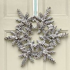 13 Unique Festive Decorations Using Pine Cones