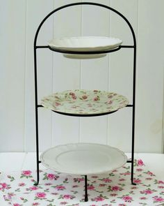 Porta platos vintage  sc 1 st  Pinterest & Wrought Iron 3 Tier Pie/Plate Holder - I want one for the tea table ...