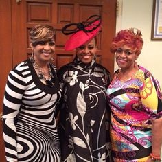 Dorinda Clark-Cole, Karen Clark-Sheard & Jacky Clark-Chisolm of The Clark Sisters Karen Clark, Church Fashion, Bride Of Christ, Black Books, Church Outfits, Gospel Music, Christian Music, Choir, Hat Styles