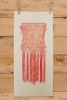 Macrame Wall Hanging lino print by Alia Diaz What a lovely subject. I love the loose dangling threads. Macrame Patterns, Basket Weaving, Creative Inspiration, Textile Art, Fiber Art, Screen Printing, Print Patterns, Diy And Crafts, Printmaking