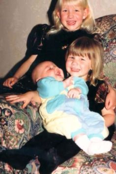 baby liam with nicola and ruth<3