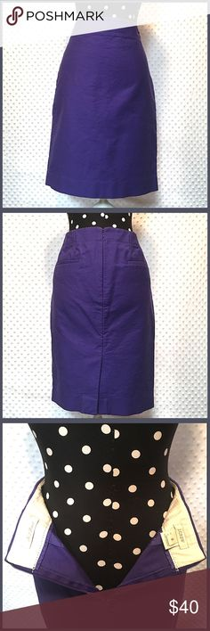 """J. Crew No.2 Pencil Skirt Like New. Worn Once. Excellent Condition. Double-serge cotton with a hint of stretch. Sits at waist. Back zip. Back welt pockets. 22"""" long. J. Crew Skirts Pencil"""