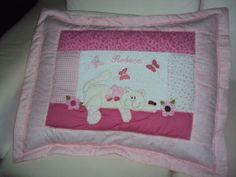 Capa travesseiro personalizada! www.saldaterrapatchwork.blogspot.com facebook: Renata Deichsel