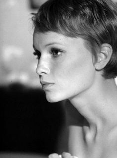 Mia Farrow married singer Frank Sinatra on July 19, 1966.He served her with divorce papers on the set of Rosemary's Baby (1968) after she refused his demand that she quit the film to work on his movie The Detective. The divorce was finalized in 1968.
