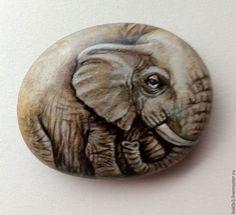 слон ручная роспись - камень,акрил,роспись акрилом,ручная работа,ручная роспись