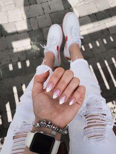 How to choose your fake nails? - My Nails Acrylic Nails Coffin Short, Almond Acrylic Nails, Summer Acrylic Nails, Best Acrylic Nails, Acrylic Nail Designs, Spring Nails, Aycrlic Nails, Swag Nails, Glitter Nails