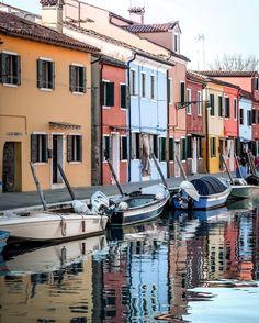Island of Burano, Italy Postcards From Italy, Vsco, Island, Instagram Posts, Islands