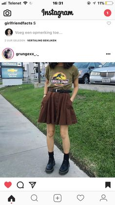 Yasssssss i need this outfit, where could i find the skirt?