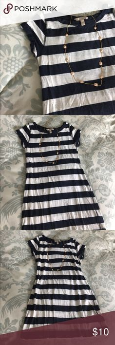 Navy and white striped t-shirt sundress Short sleeved cotton sundress, with wide navy and white stripes. Gold button detailing on the rolled cuffs. A little on the short side, would be ideal for a petite person. Banana Republic Dresses