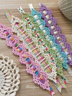 In this post, I'm sharing 13 free crochet bookmark patterns. If your hobbies are to read and crochet, you can combine them and make a crochet bookmark. free ribbon and lace crochet bookmark Bag Crochet, Crochet Motifs, Thread Crochet, Crochet Crafts, Crochet Stitches, Crochet Projects, Crochet Patterns, Doilies Crochet, Doily Patterns