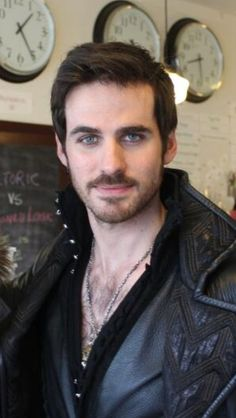 I think only Colin O'Donoghue could make Hook so freakin' sexy.  Only he could make such a villian into a desirable lustful hot-ass leather clad HUNK!!!!